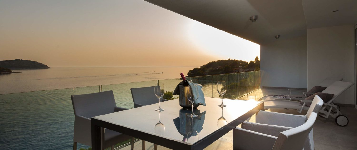 The Luxury Rooftop Style And Sea Villa
