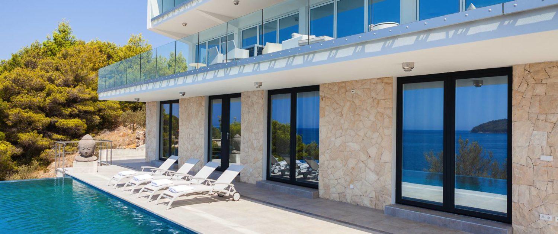 The STYLE AND SEA Luxury Seaside Villa