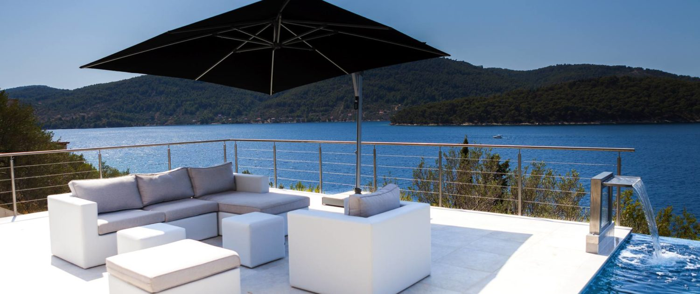 Luxury poolside @ The STYLE AND SEA Luxury Seaside Villa